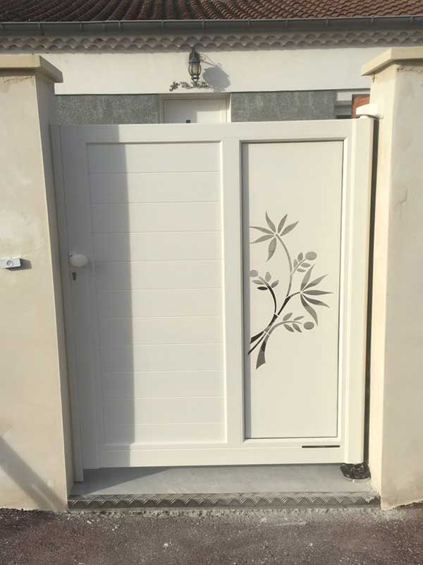 Pose portillon décoratif aluminium Valence